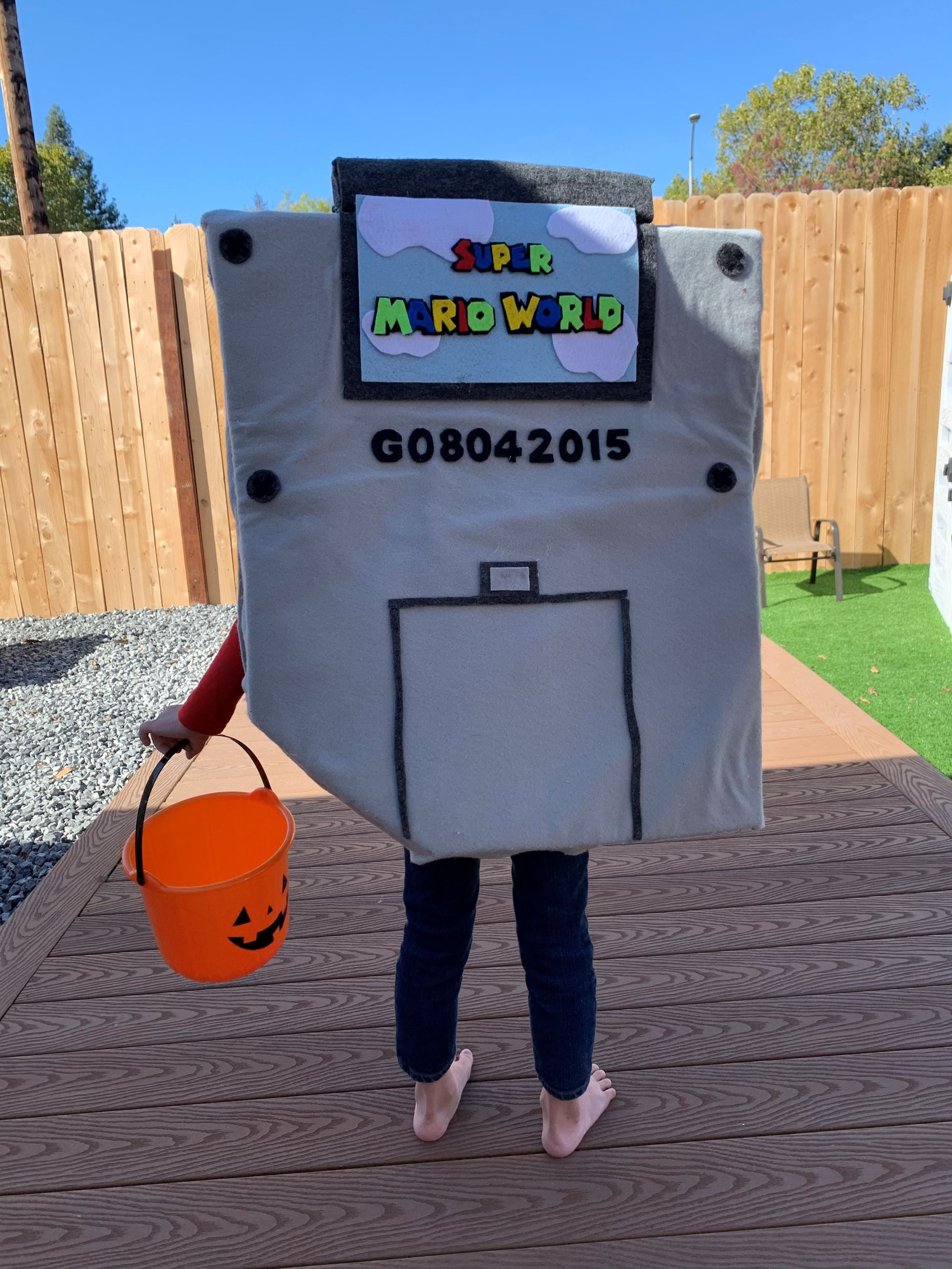 Gameboy Costume Back (2)