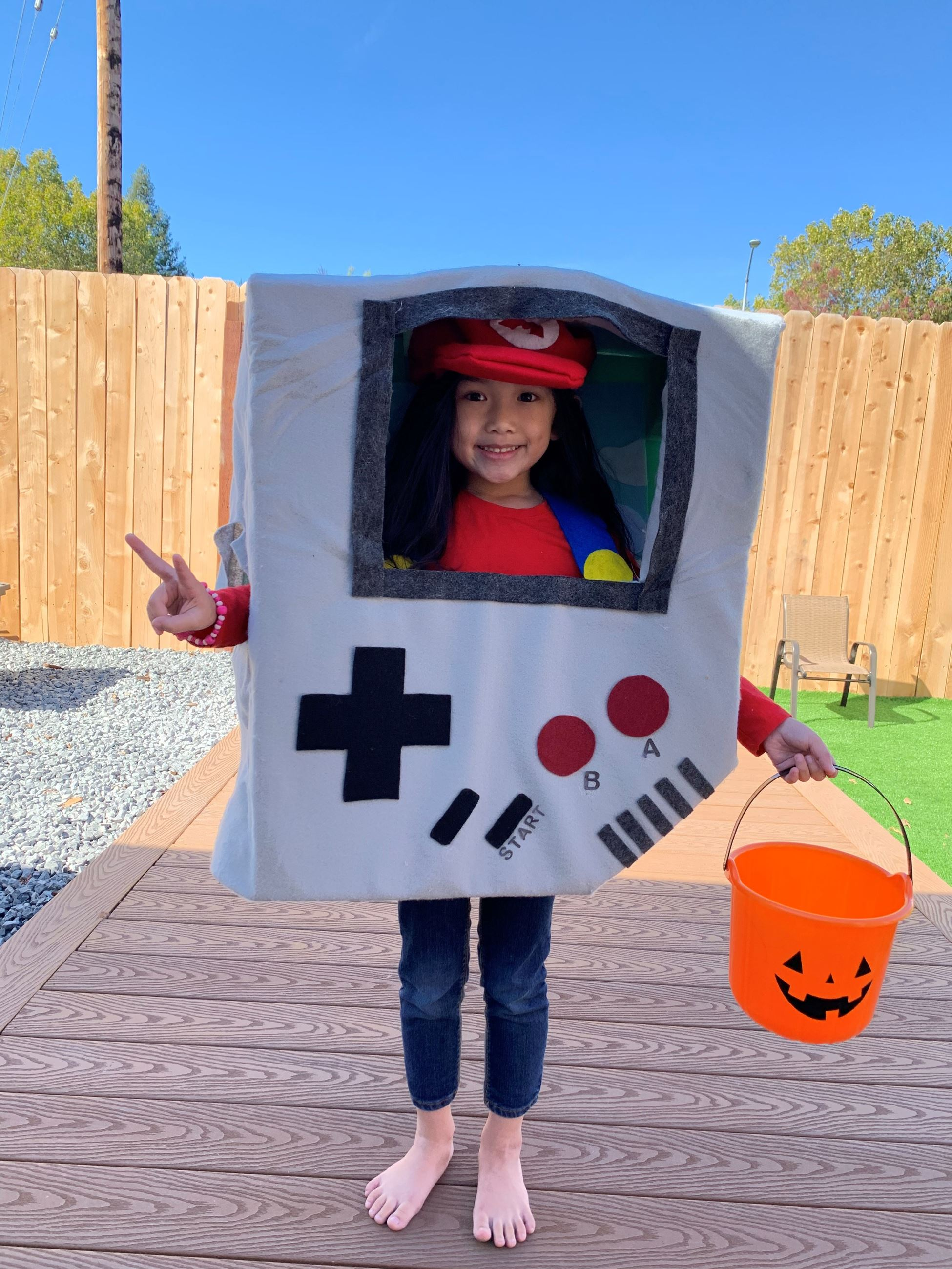 Gameboy Costume (2)