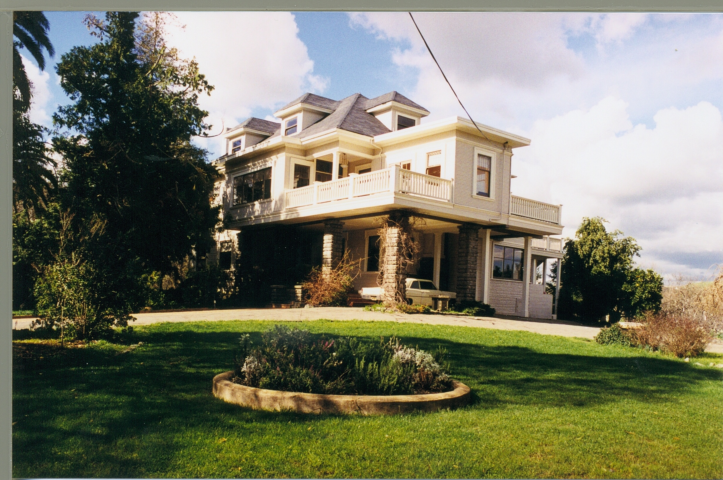 Pic of Robson House